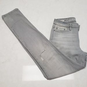 Womens gray skinny Jean's